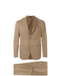 beige Anzug von The Gigi