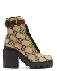 beige bedruckte Schnürstiefeletten aus Leder von Gucci