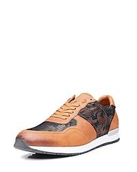 beige Camouflage niedrige Sneakers von SHOEPASSION