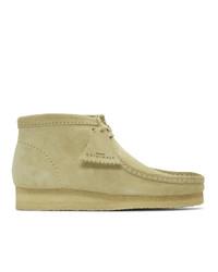 beige Chukka-Stiefel aus Wildleder von Clarks Originals