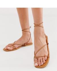 beige flache Sandalen aus Leder von Missguided