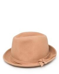 beige Hut
