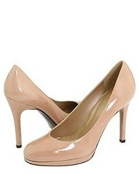 Beige Leder Pumps