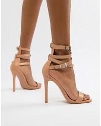 beige Leder Sandaletten von PrettyLittleThing