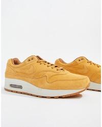 beige niedrige Sneakers von Nike