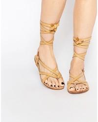beige Römersandalen aus Leder von Glamorous