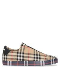 beige Slip-On Sneakers aus Segeltuch mit Schottenmuster von Burberry