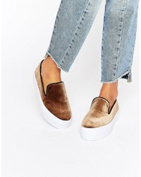 beige Slip-On Sneakers von Asos