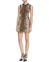 beige Wolletuikleid mit Leopardenmuster
