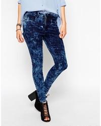 blaue enge Jeans mit Acid-Waschung von Only