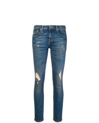 blaue enge Jeans mit Destroyed-Effekten von R13