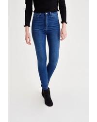 blaue enge Jeans von OXXO