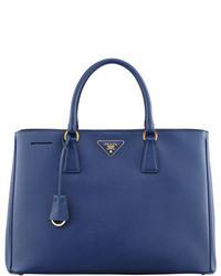 blaue Handtasche