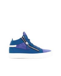 blaue hohe Sneakers aus Wildleder