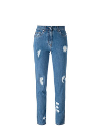 blaue Jeans mit Destroyed-Effekten von Moschino