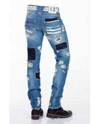 blaue Jeans mit Flicken