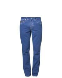 Schwule blaue nasse Jeans