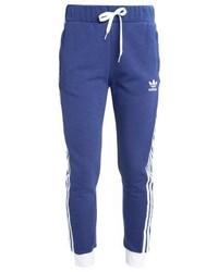 blaue Jogginghose von adidas