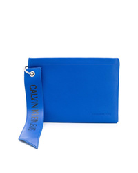 blaue Leder Clutch Handtasche von Calvin Klein Jeans