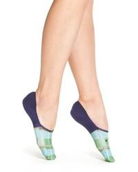 blaue Socken mit Schottenmuster