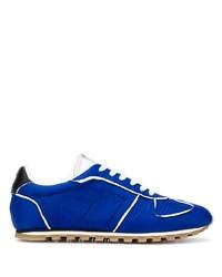 blaue Sportschuhe von Maison Margiela