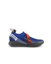 blaue Sportschuhe von Swear