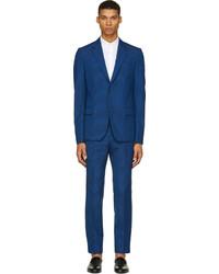 blauer Anzug von Alexander McQueen