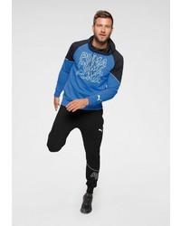 blauer bedruckter Pullover mit einem Kapuze von Puma
