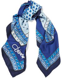blauer bedruckter Seideschal von Diane von Furstenberg