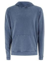 blauer Jeanspullover mit einem kapuze