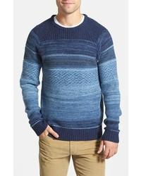 blauer Pullover mit einem Rundhalsausschnitt mit Fair Isle-Muster