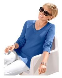 blauer Pullover mit einem V-Ausschnitt von COLLECTION L.