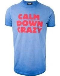 blaues bedrucktes T-Shirt mit einem Rundhalsausschnitt