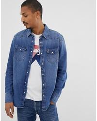 blaues Jeanshemd von Wrangler