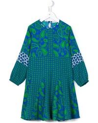 blaues Kleid mit Paisley-Muster