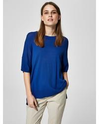 blaues T-Shirt mit einem Rundhalsausschnitt von Selected Femme