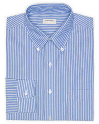 blaues vertikal gestreiftes Businesshemd