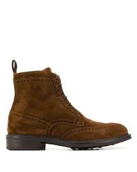 braune Brogue Stiefel aus Wildleder von Scarosso