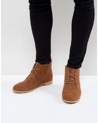 braune Chukka-Stiefel aus Wildleder von Brave Soul