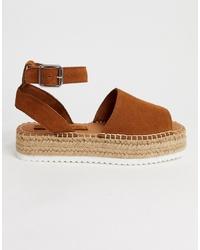 braune flache Sandalen aus Wildleder von ASOS DESIGN