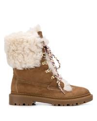braune flache Stiefel mit einer Schnürung aus Wildleder von Casadei