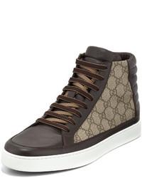 braune hohe Sneakers aus Segeltuch