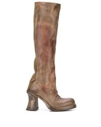 braune kniehohe Stiefel aus Leder von Cherevichkiotvichki