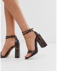 braune Leder Sandaletten mit Schlangenmuster von ASOS DESIGN