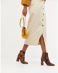 braune Leder Stiefeletten mit Leopardenmuster von New Look