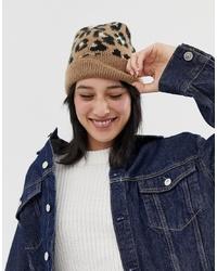 braune Mütze mit Leopardenmuster von ASOS DESIGN