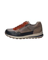 braune niedrige Sneakers von Mephisto