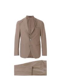 brauner Anzug mit Schottenmuster von The Gigi