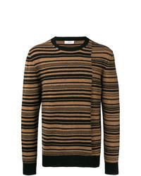 brauner horizontal gestreifter Pullover mit einem Rundhalsausschnitt