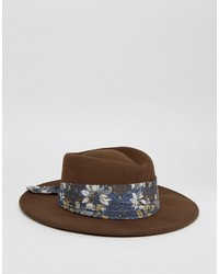 brauner Hut mit Blumenmuster von Asos
